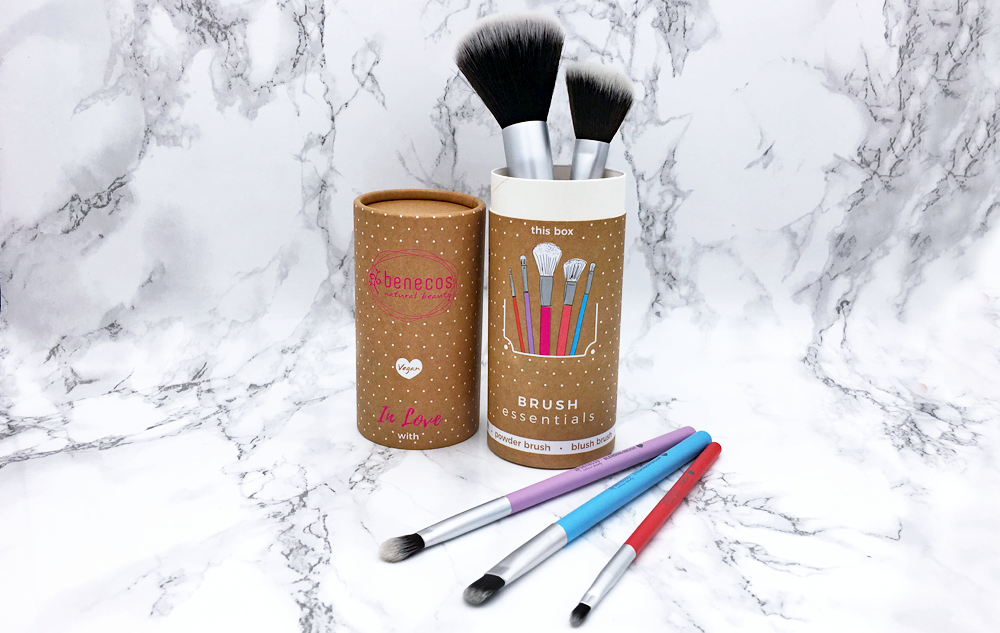 "WE LOVE benecos Pinselbox ""BRUSH essentials"" Bild: naturalbeauty.de"
