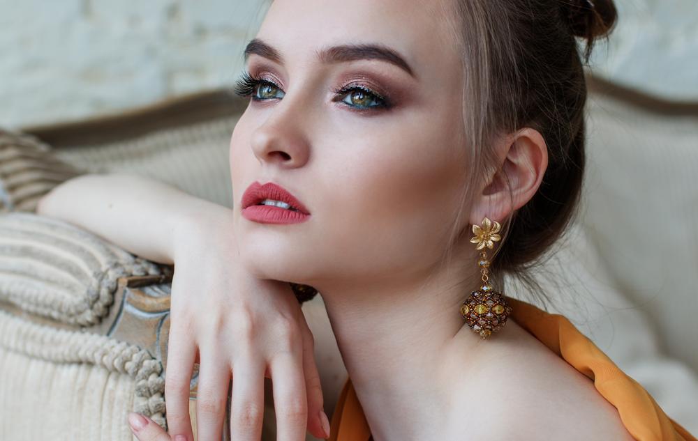 Luxuriöse Inhaltsstoffe: Glamour für die Haut?
