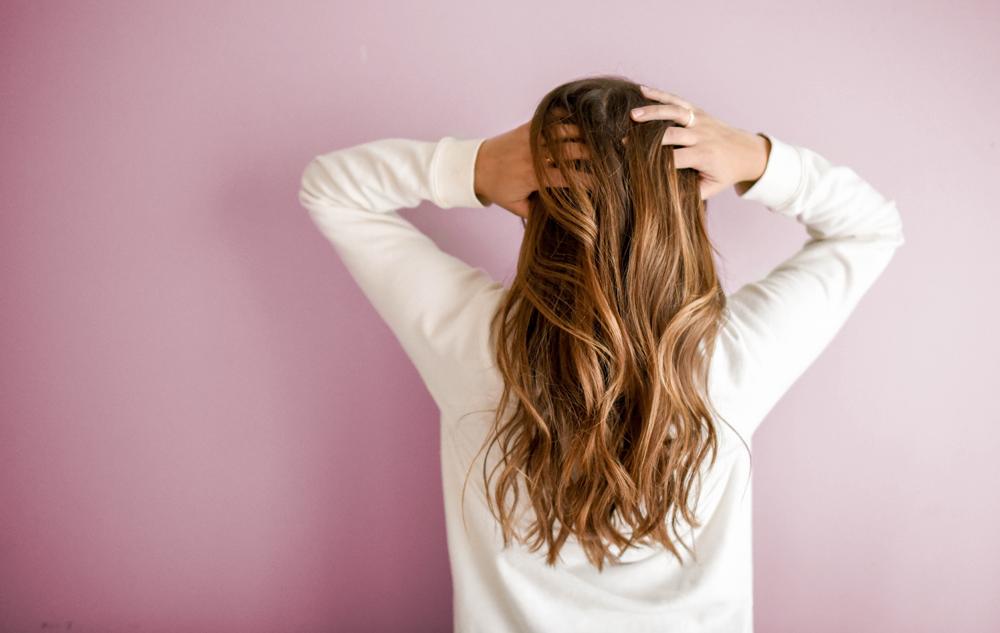 MAGAZIN Haarpflege Deluxe mit Pflanzenölen Bild: Unsplash