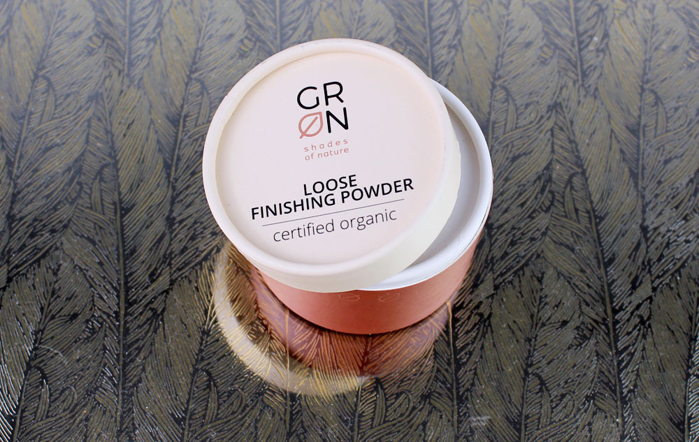 WE LOVE GRN Loose Finishing Powder snow white