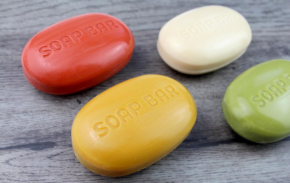 Für Minimalisten: Die neue Made by Speick Bionatur Soap Bar Hair + Body